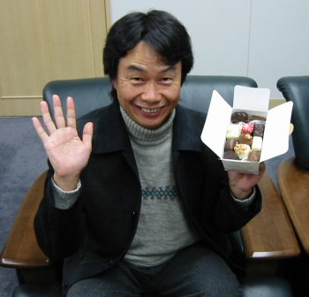 Shigery Miyamoto with a bento box