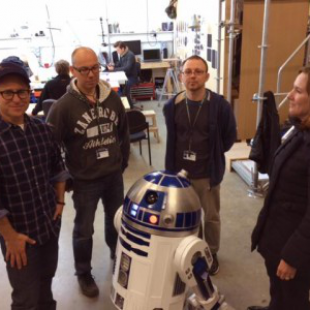 Episode VII R2D2 Builders
