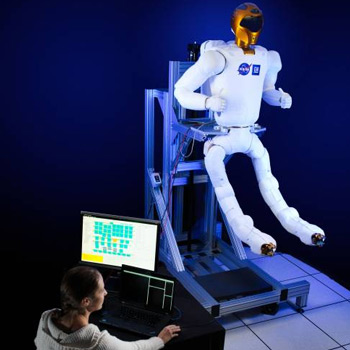 NASA Robonaut 2 gets some fancy, new legs
