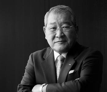 Kenzo Tsujimoto BW