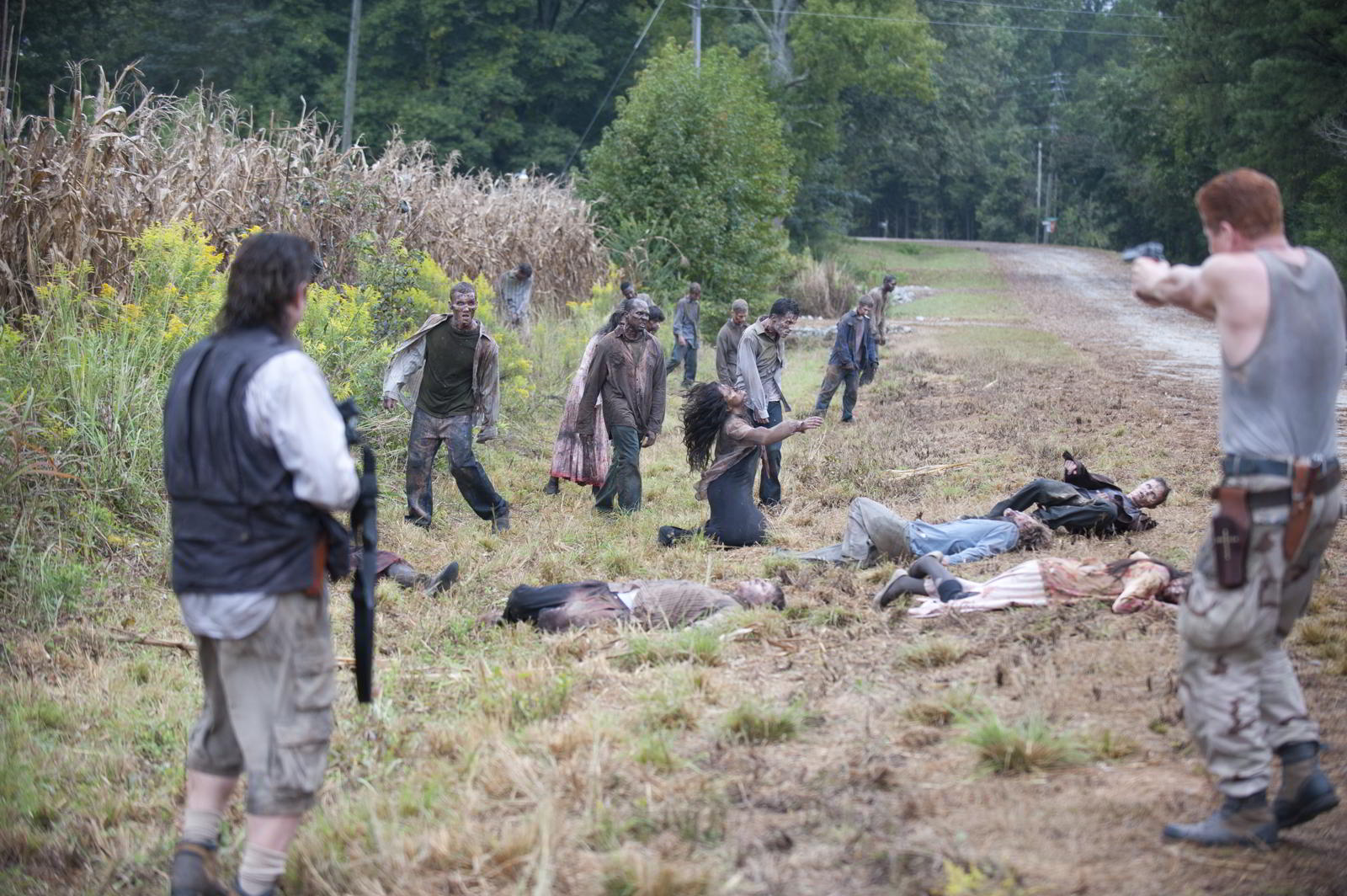 walking-dead-s4-ep11-claimed-eugene-abraham-walkers