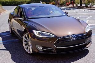 Tesla Motors Model S 310x