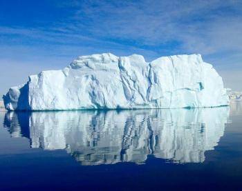 Antarctic Iceberg 350