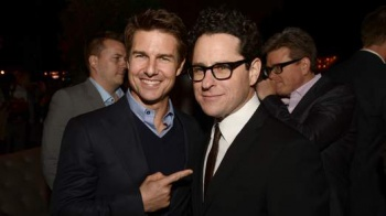 Tom Cruise and Abrams