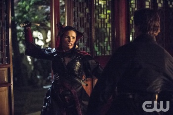 Nyssa al Ghul attacks