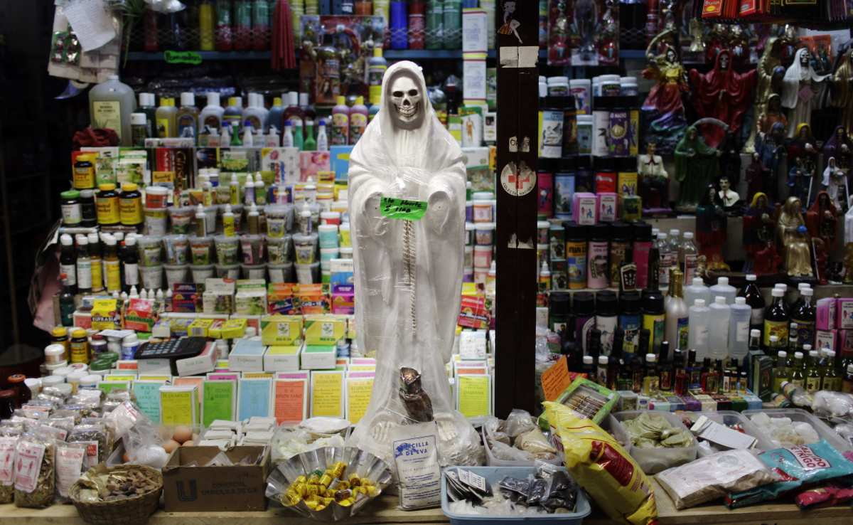 Santa Muerte Gaining More Prominence in Mexican Culture | Dark