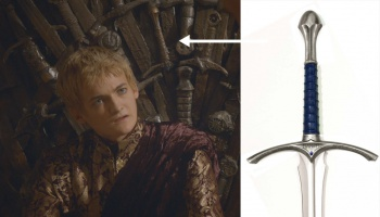 Glamdring in Iron Throne