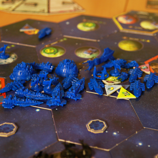 The Mindnet armada prepares to withdraw home.