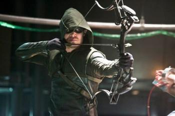 arrow the man under the hood