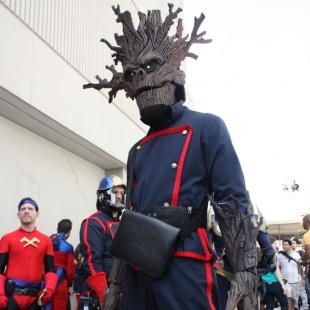 cosplay marvel groot