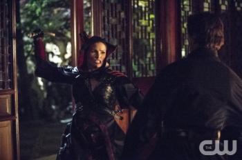 Nyssa al Ghul attacks