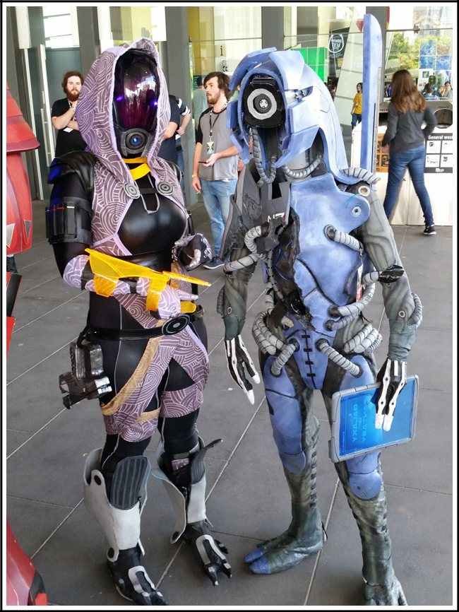 pax aus cosplay day 2 003 - mass effect - tali and legionsmall