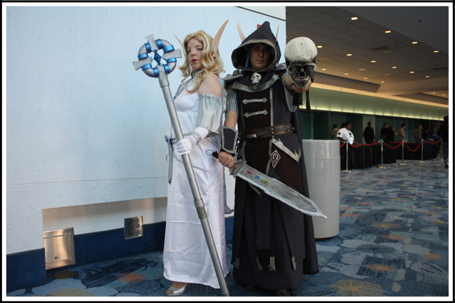 blizzcon 01 jason and jennifer as priest and death knight